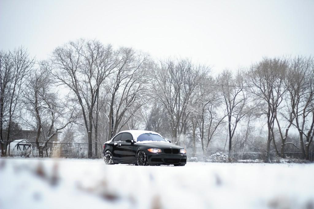 BMW 135i snowy