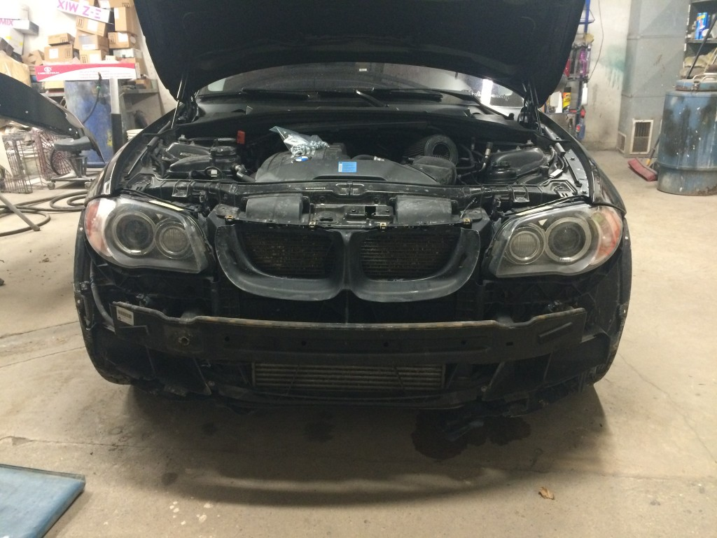 BMW 135i - front bumper removed